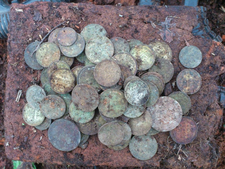 Клад серебряных монет на урочище.блог кладоискателя.